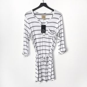 Chaser Grey & White Cool Jersey Rolled Cuff Shirtt